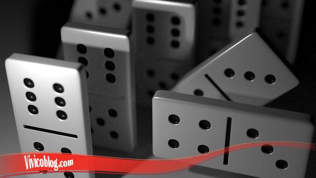 Besar Kecil Dalam Permainan Domino